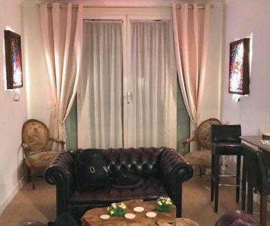 Paris Livingroom Airbnb (2)